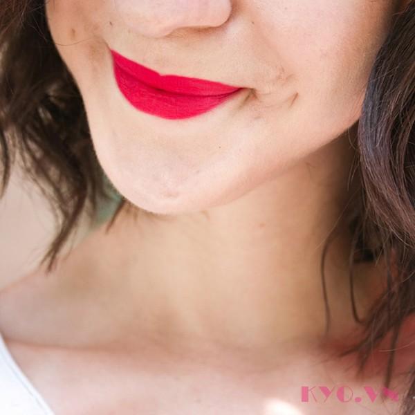 Bourjois Rouge Edition Velvet 13 – Fu(n)chsia